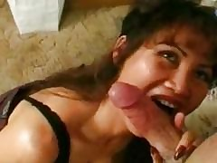 milf swallows cum - free xxx porno videos