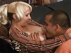 licking milf pussy - sex hot tube